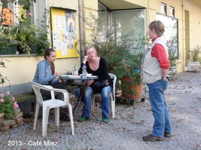640-2013-Café-Miez-Anne-Anna-Marke 01